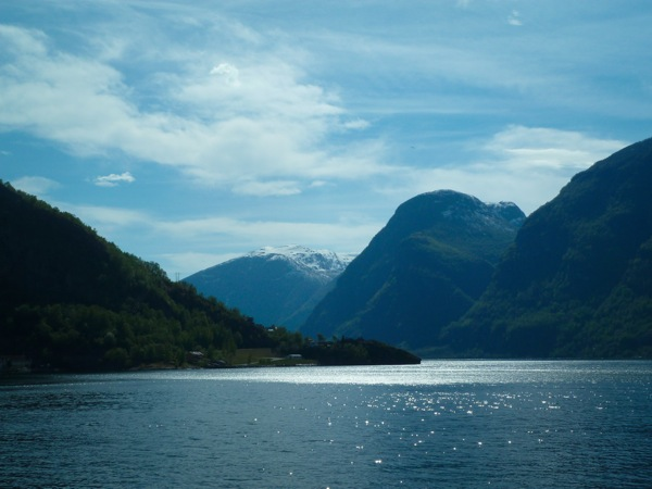 Sunny day in the Norwegian fjords